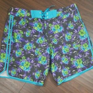 Under Armour heatgear loose swim trunks shorts 40